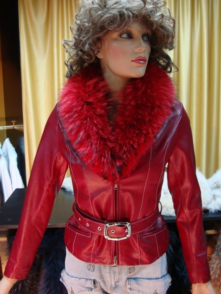 the latest bcf80 7f3b3 GIACCA IN PELLE DONNA MODELLO RUBY COLLO IN VERA PELLICCIA ...